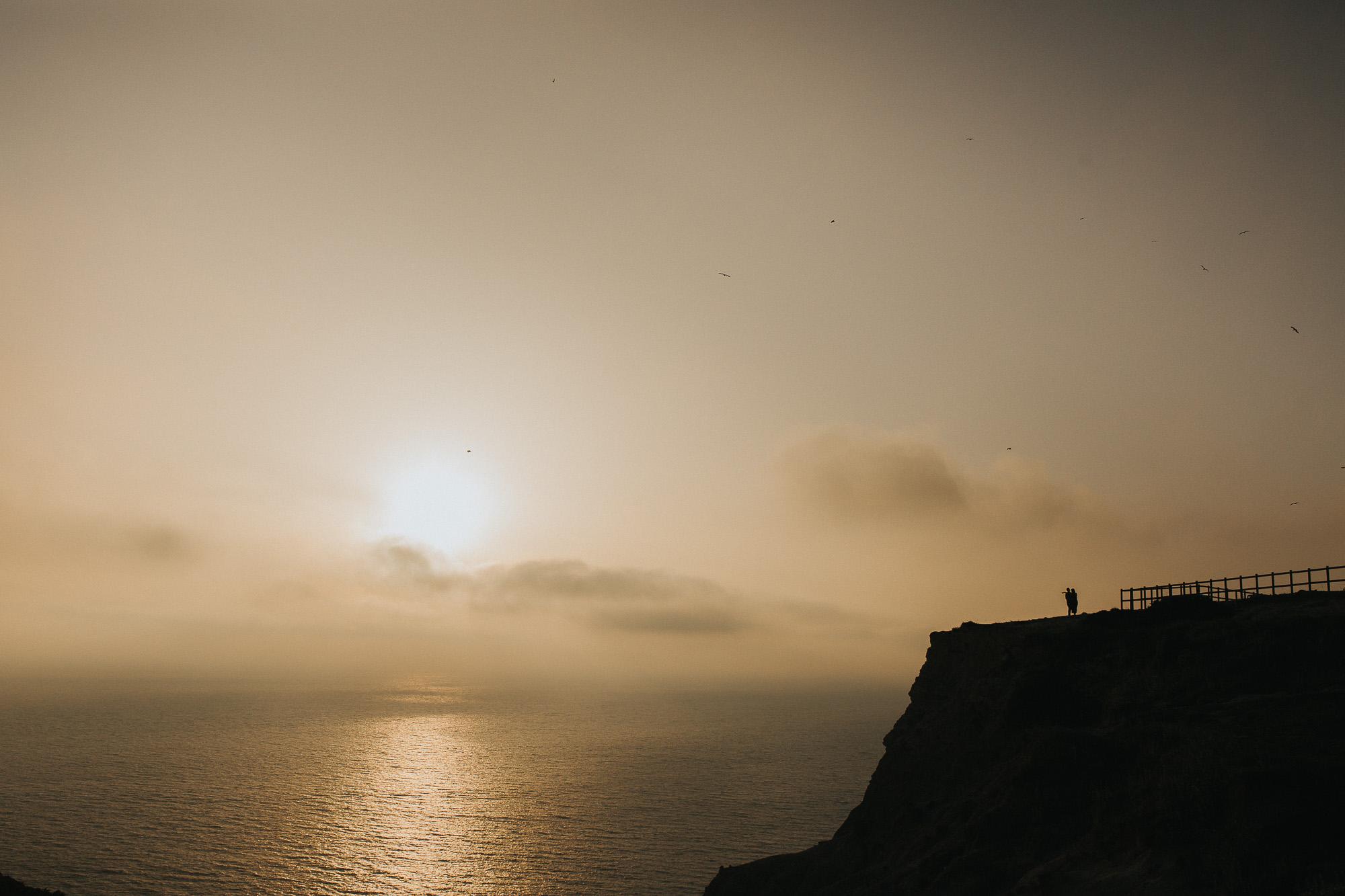 16 Beatriz-Ben-engagement-love-session-Filipe-Santiago-Fotografia-Ericeira-Lisboa-Mafra-Malveira-Sesimbra-Cabo-Espichel-Praia-Farol-Natural-Fotografo-Reportagem-lifestyle