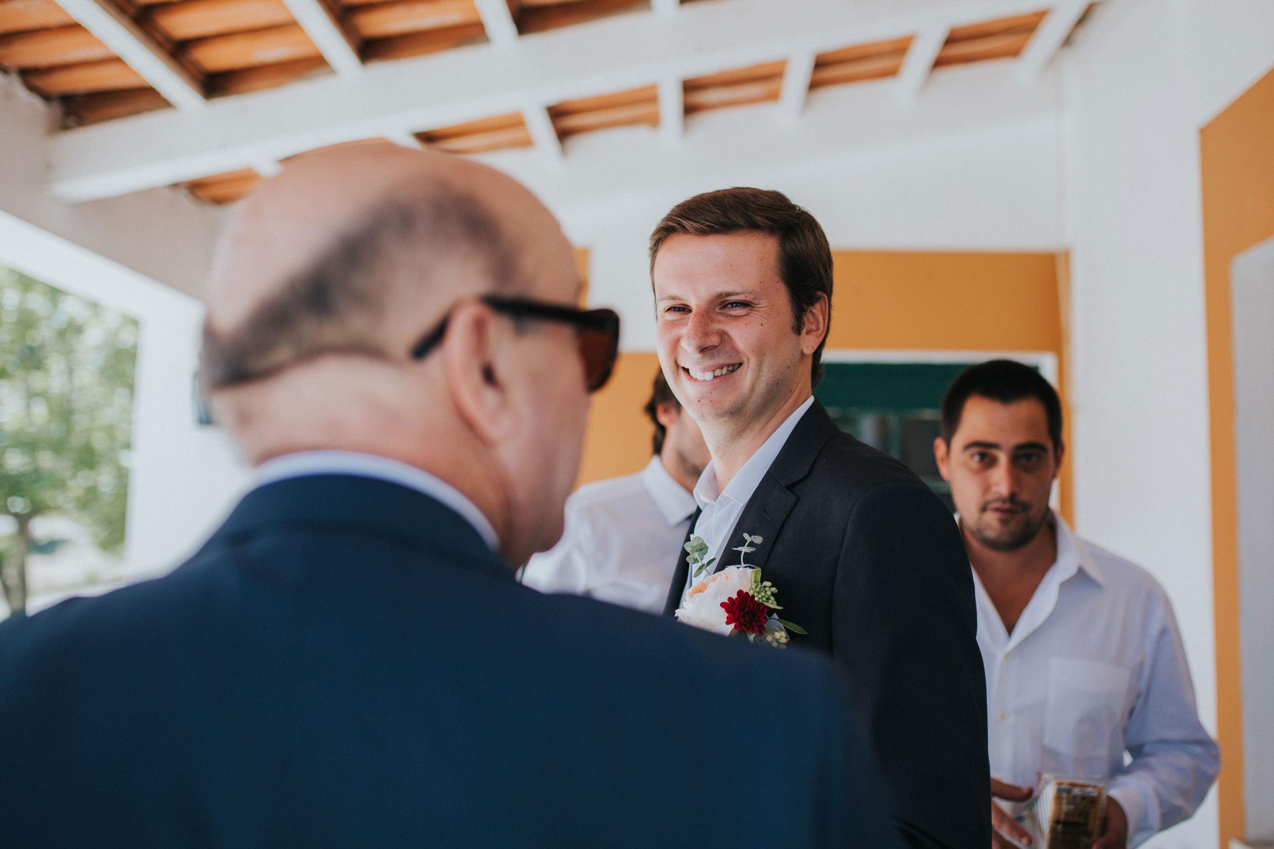 Casamento-Rústico-Bucelas-Quinta-da-Murta-boho-chic-vestidos-dress-venue-Portugal-wedding-preparativos-noivo-amigos