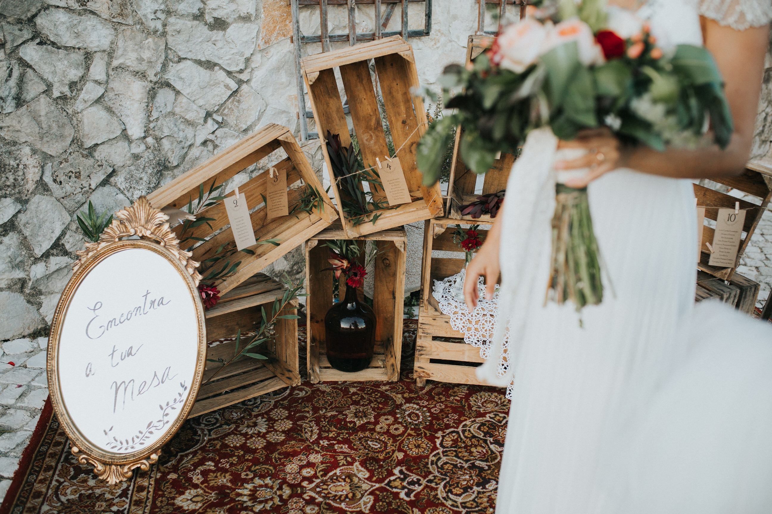 Casamento-Rustico-Bucelas-boho-chic-vestidos-dress-venue-Portugal-wedding-decor-cerimonia-quintas-perto-de-lisboa-recepcao-reception-seatting-plan