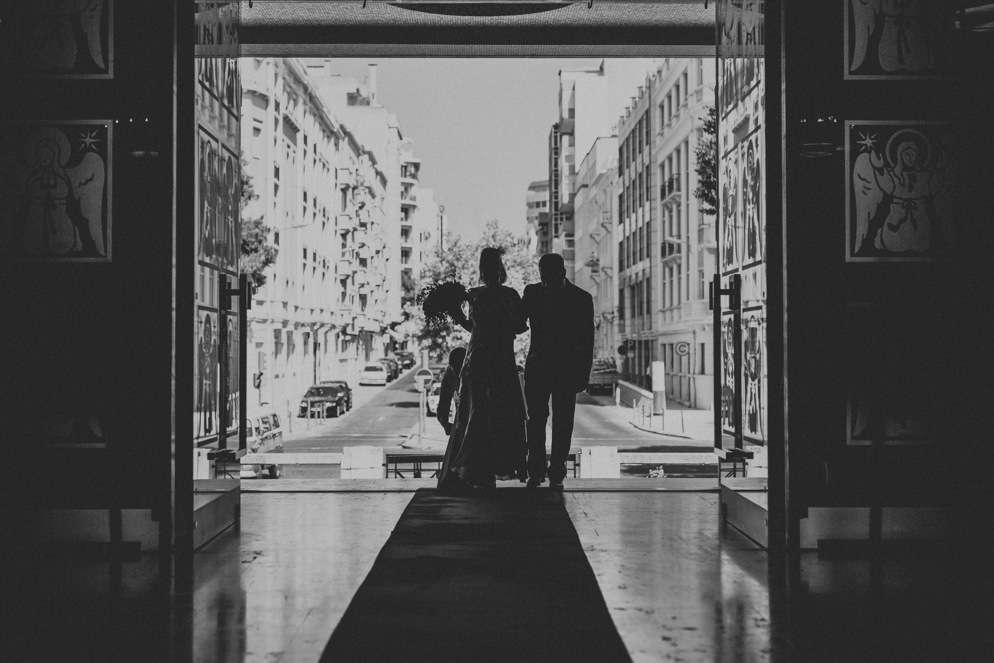 Filipe Santiago Fotografia-fotografo-malveira-lisboa-cascais-mafra-melhores-reportagem-wedding-photography-portugal-lisbon-best-natural-casamentos-lifestyle-bride-ideias-rustic-boho-hair-mackup-damas-preparativos-preparations-bridemaids-dress-shoes-bouquet-vw-van-trends
