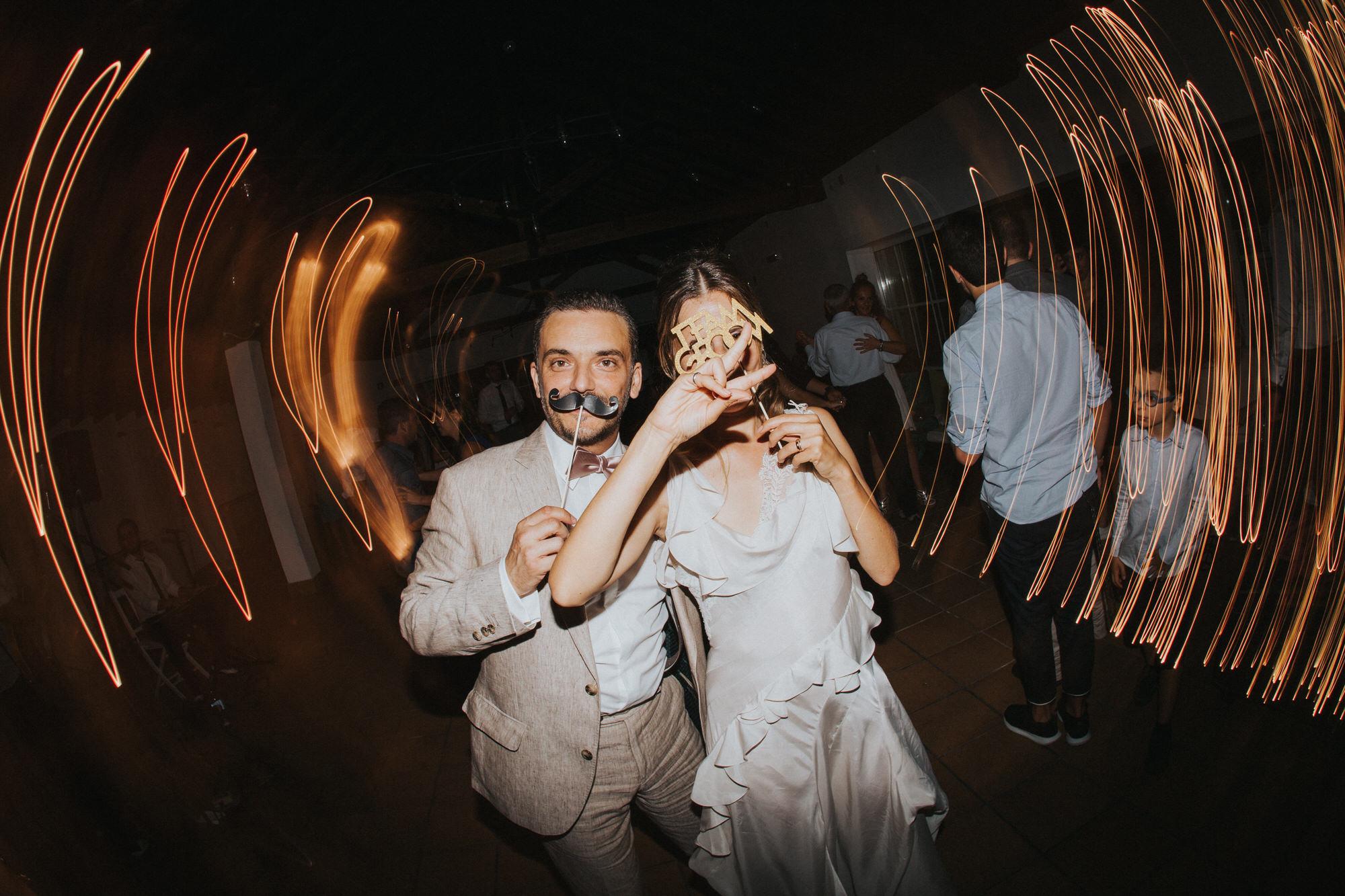 Filipe Santiago Fotografia-fotografo-malveira-lisboa-cascais-mafra-melhores-reportagem-wedding-photography-portugal-lisbon-best-natural-casamentos-lifestyle-bride-ideias-rustic-boho-hair-mackup-damas-preparativos-preparations-bridemaids-dress-shoes-bouquet-trends-church-cerimony-saida-igreja-dicas-session-welcome-best-venue-quinta-monte-redondo-melhores quintas-decor-decoração-night-lights-dance-music-noite-segunda-cortina