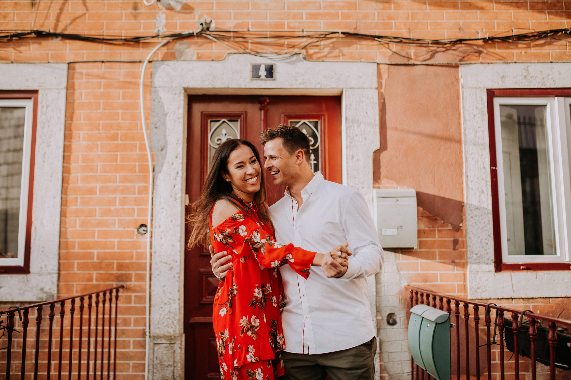 06-sessao-noivado-engagement-love-session-Sintra-lisboa-town-wedding-photography-photographer-natural-best-venue-planner-destination-filipe-santiago-fotografia-lifestyle-documentary