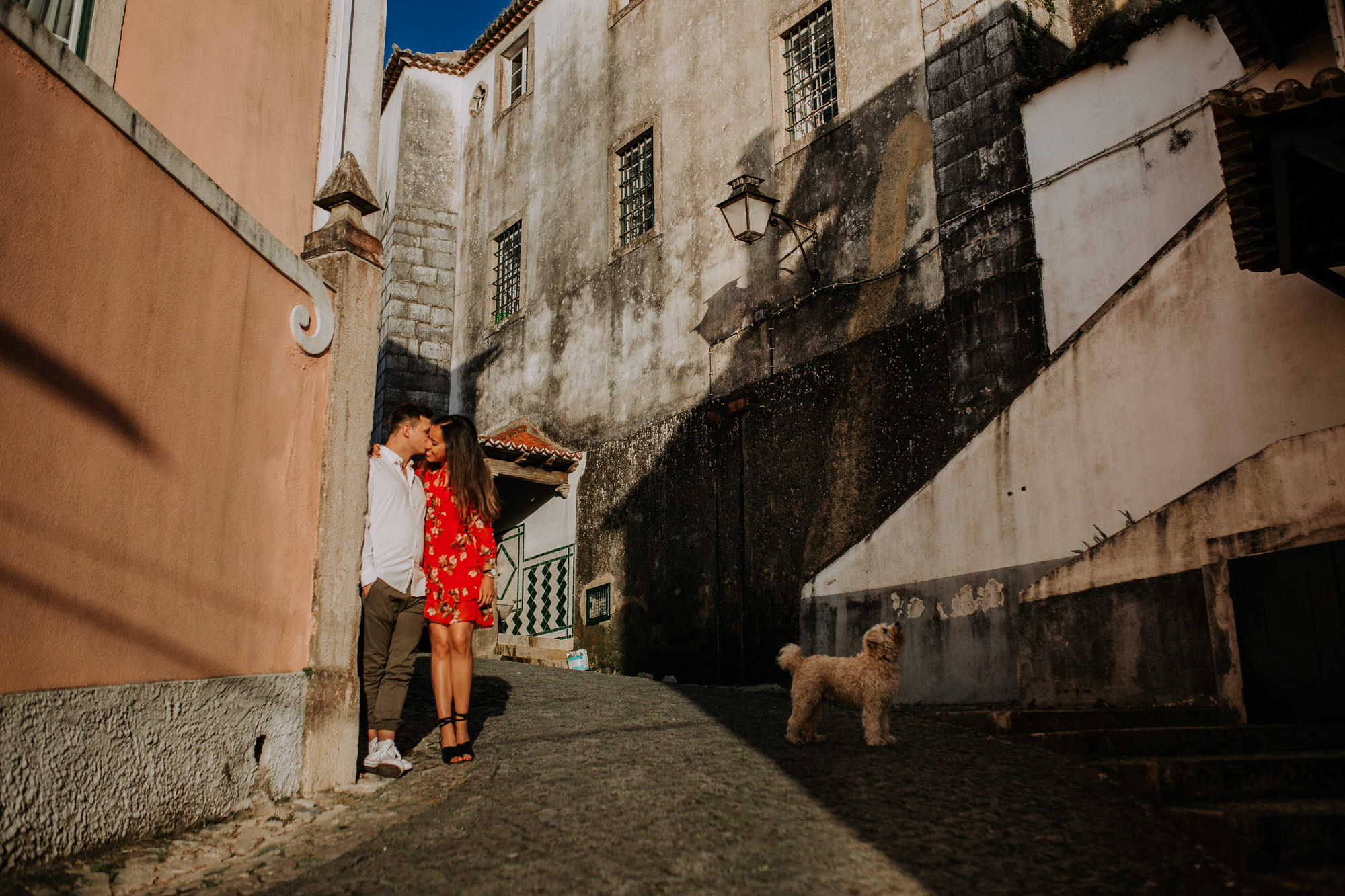 11-sessao-noivado-engagement-love-session-Sintra-lisboa-town-wedding-photography-photographer-natural-best-venue-planner-destination-filipe-santiago-fotografia-lifestyle-documentary