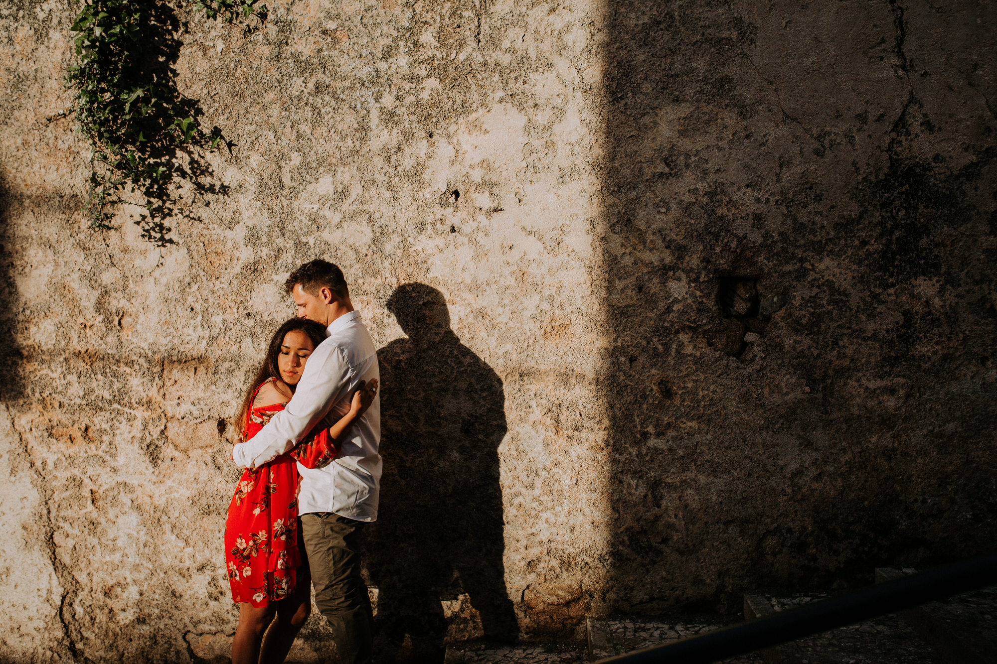 18-sessao-noivado-engagement-love-session-Sintra-lisboa-town-wedding-photography-photographer-natural-best-venue-planner-destination-filipe-santiago-fotografia-lifestyle-documentary