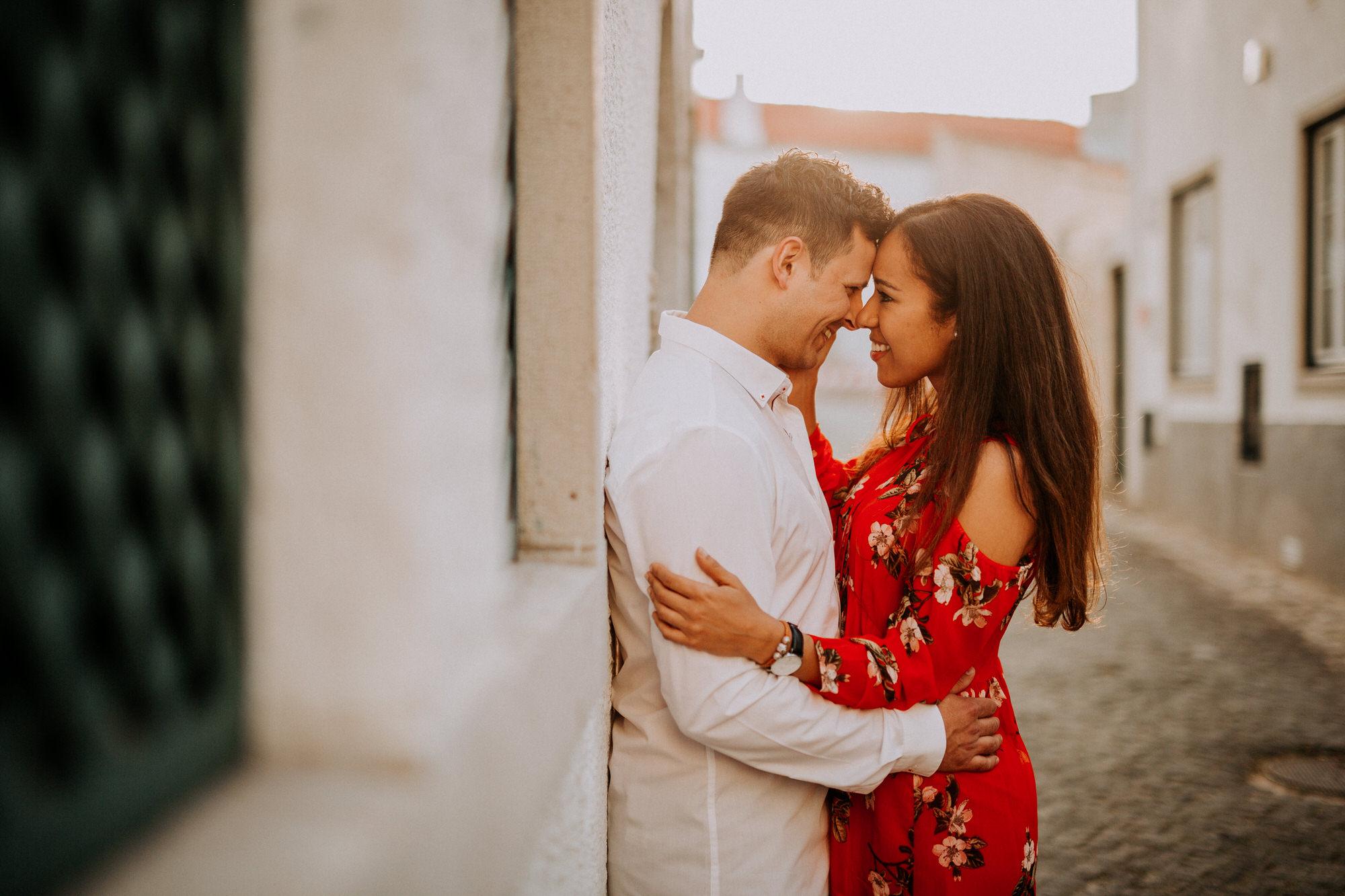 20-sessao-noivado-engagement-love-session-Sintra-lisboa-town-wedding-photography-photographer-natural-best-venue-planner-destination-filipe-santiago-fotografia-lifestyle-documentary