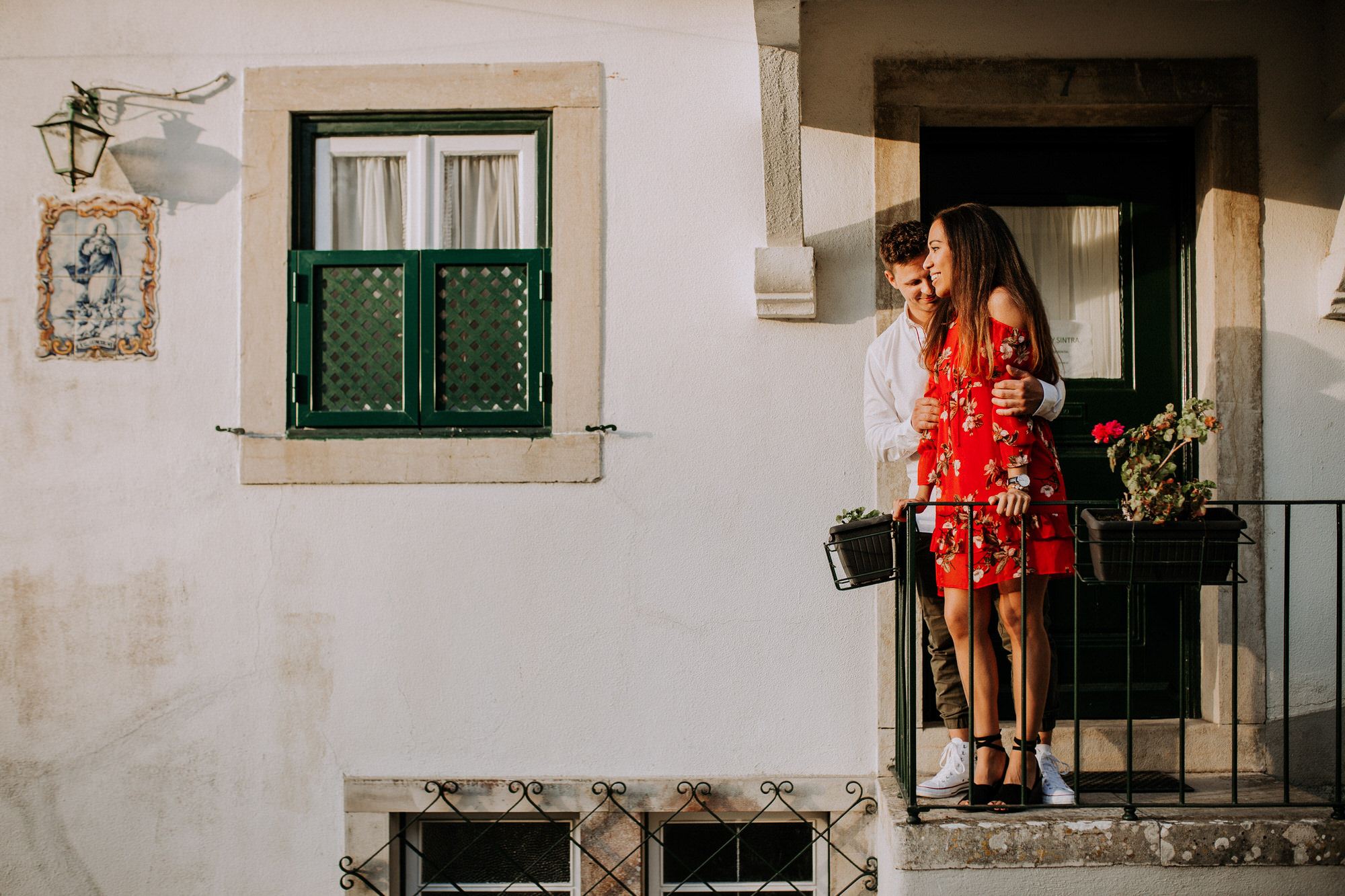 22-sessao-noivado-engagement-love-session-Sintra-lisboa-town-wedding-photography-photographer-natural-best-venue-planner-destination-filipe-santiago-fotografia-lifestyle-documentary