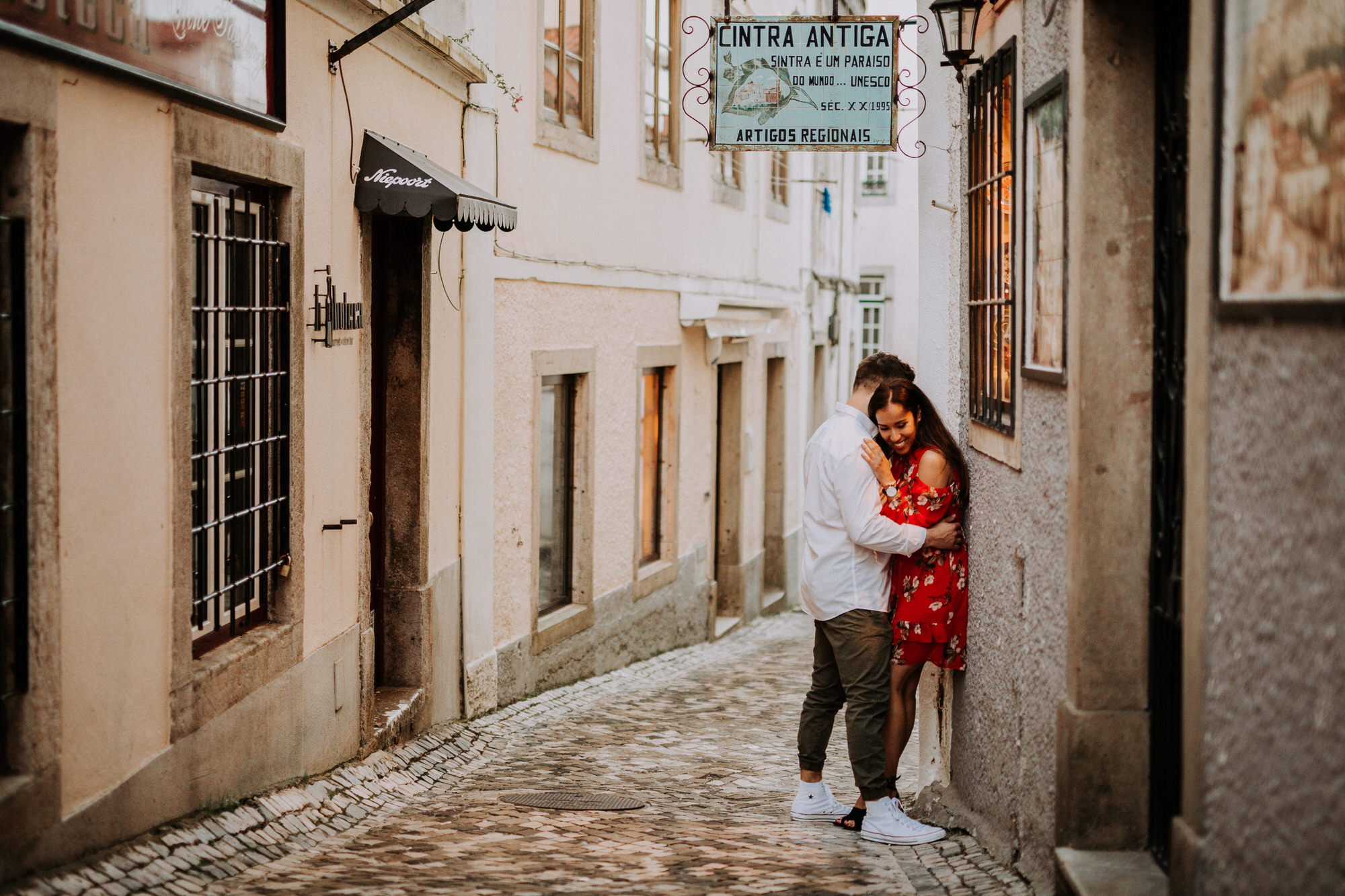 44-sessao-noivado-engagement-love-session-Sintra-lisboa-town-wedding-photography-photographer-natural-best-venue-planner-destination-filipe-santiago-fotografia-lifestyle-documentary